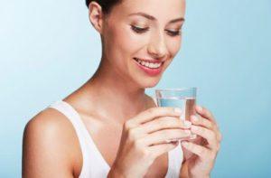 5 bezpiecznych sposobów aby pozbyć się wody z organizmu